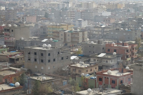 Cizre'de roketatarlı saldırı 2 ölü!