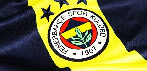 Fenerbahçeli futbolcular kaza geçirdi