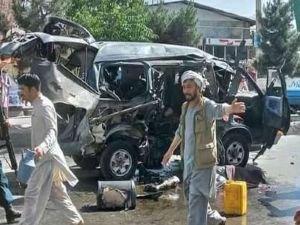 Afganistan'da 2 minibüse saldırı: 7 ölü