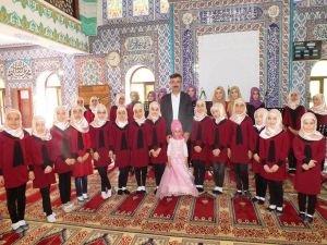 Kur'an Kursu öğrencilerinden 'Kutlu Doğum' programı