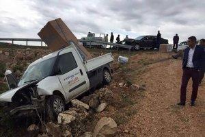 Mardin'de Aşırı yağış nedeniyle kaza: 3 yaralı