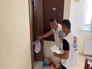 Hayır kurumları Aksaray'da kurban eti dağıttı