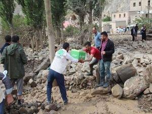 Van Umut Kervanı selzedelere yardım ulaştırdı