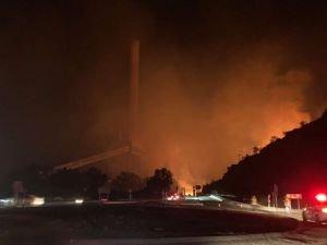 Milas'ta yangın: Alevler Kemerköy Termik Santrali'ne sıçradı