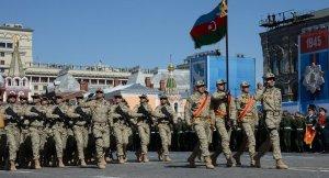 Galip Mendi, Azerbaycan'da askeri işbirliğini görüştü