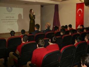 Deniz Feneri'den  'İyilik Okulu! Projesi