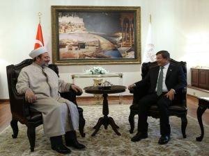 Başbakan Davutoğlu, Görmez'i ziyaret etti