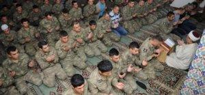 Askeri personele Cuma Namazı izni