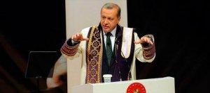 """""""Eski Türkiye'nin elitlerinin kendi çıkarları için yapmayacağı ihanet yoktur."""""""