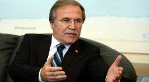 Mehmet Ali Şahin siyasetten çekiliyor