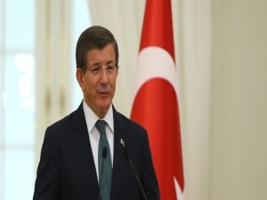 Başbakan Davutoğlu'ndan gençlere mesaj!