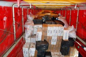 TIR'da saklanmış 260 bin paket sigara ele geçirildi