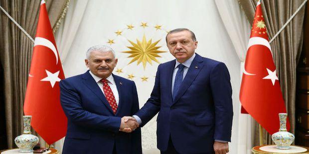 Başbakan Yıldırım kurulan yeni kabineyi açıkladı