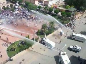 HDP mitinginde olay çıktı!