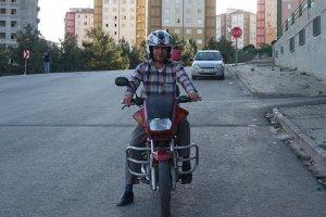 Motosiklet sürücülerinin başı hırsızlarla dertte