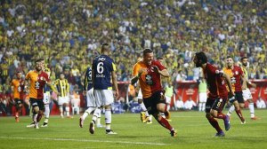 Lukas Podolski'den kötü haber