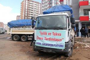 STK'lardan Sur'a 3 kamyon yardım