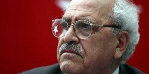 Sezai Karakoç yeniden partisinin genel başkanı oldu
