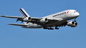 Fransa'da protestolara pilotlarda katıldı