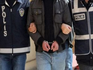 PKK'ya yardım yaptıkları gerekçesiyle 4 kişi tutuklandı
