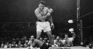 Dünya boksunun efsane ismi Muhammed Ali, hayatını kaybetti