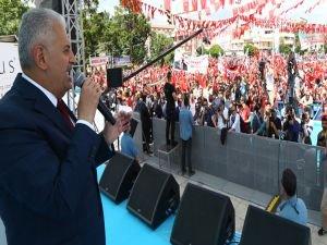 Başbakan Yıldırım, Erzincan'dan başkanlık mesajı verdi