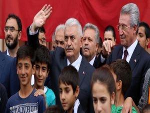Başbakan Yıldırım, Erzincan'da asker aileleriyle buluştu