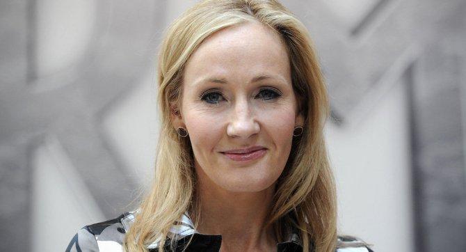 Harry Potter yazarından Katrina Pierson'a 'ölüm yiyen' dedi