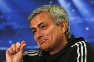 Mourinho'nun yüzü kupada güldü!