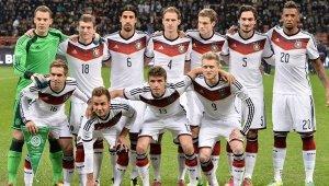 Almanya'nın EURO 2016 kadrosu değişti!