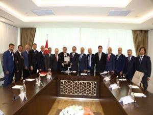 ATO yönetiminden Bakan Özhaseki'ye ziyaret