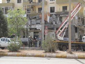 Midyat'ta tahribatın izleri temizleniyor