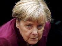 """""""Sığınmacı akımının en büyük sorumlusu Merkel"""""""