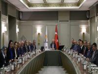 AK Parti MKYK'da Olağanüstü kongre kararı!