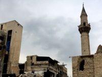 Suriye: Ordu, muhaliflerin çıkışına izin vermek için Halep'ten çekildi