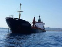 Karadeniz açıklarında kargo gemisi yan yattı