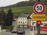 Schengen vizesi için sınır kontrolleri 3 ay daha yürürlükte
