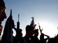 ÖSO askerleri, silah ve mühimmat yüklü araçlarla Afrin'e geçti