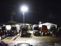 Şirvan'da İşçileri arama çalışmaları gece de devam ediyor