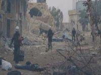 Esed güçleri Halep'ten kaçan sivilleri vurdu