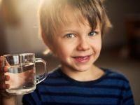 Kışında çocuklarınıza su içirmeyi unutmayın