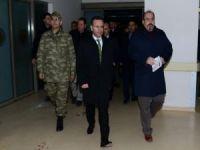 Vali Aksoy yaralı polisleri ziyaret etti