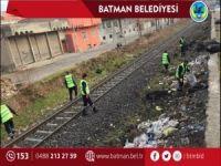 Demiryolunun çevresi temizlendi