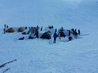 AKUT Arama Kurtarma Derneği Gönüllüleri Kış Dağcılığı eğitiminde