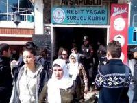 Şanlıurfa'da izinsiz yürüyüşe müdahale