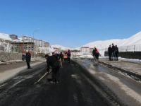 Başbakan gelecek diye tahrip yollar onarılıyor