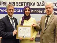 Eğitimlerini tamamlayan kursiyerlere sertifika verildi