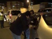 Asayiş uygulamasında 5 şüpheli tutuklandı