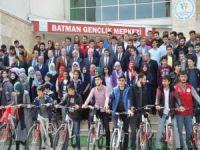 Hamidi: Gençlerimiz Emin Ellerde