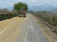 Antalya'nın Serik Pınarcık yolu yenileniyor